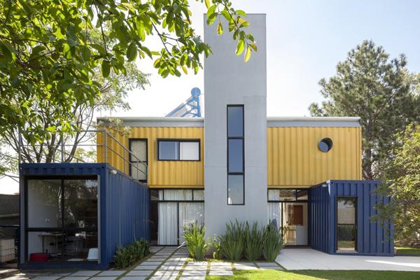 Saiba mais sobre a primeira casa em container do Brasil