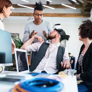 Coworking em container: uma tendência para o espaço de trabalho compartilhado